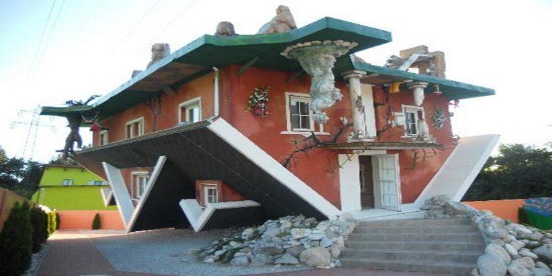 Haus Steht Kopf una delle case più particolari al mondo